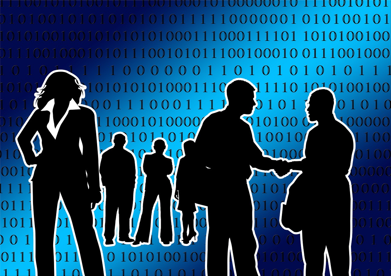 Skizzierte Männer und Frauen im Business-Bekleidung. Der Hintergrund ist blau und zeigt Nullen und Einsen.
